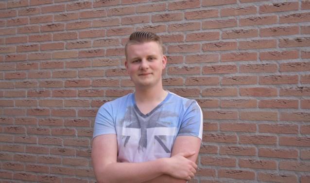 Ingmar Marsman (19) staat als hoofdkarakter Jasper op de planken in De Foute Musical van Servus.