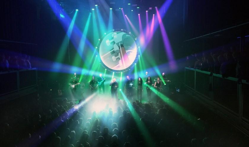 Als altijd gaat het optreden van Absolutely Floyd gepaard met een mooie lichtshow en veel spektakel.