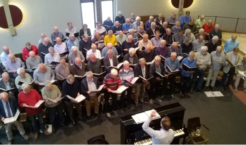 De Open Repetitie van het Chr. Mannenkoor trok veel belangstellenden.