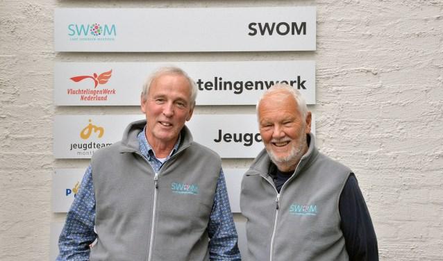 Rob van Dijk en Anton van den Berg zijn twee van de nu negen AutoMaatjes van de SWOM. (Foto: Paul van den Dungen)