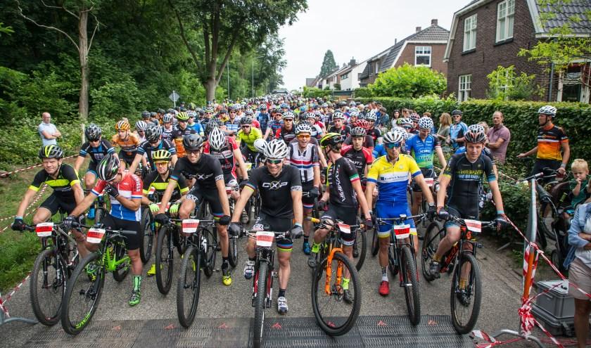 Er staan deze maand weer twee grote wielerevenementen op de agenda in de gemeente Montferland. (foto: Leon van Bon)