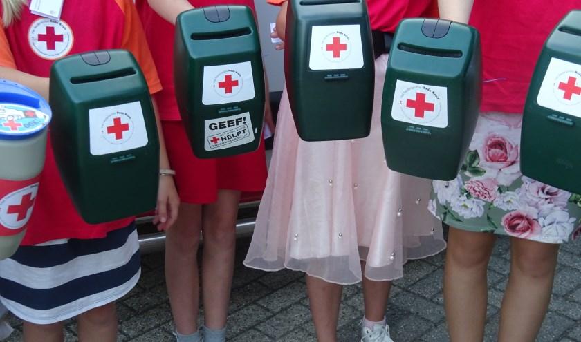 Het Rode Kruis is dringend op zoek naar collectanten voor de buitengebieden.