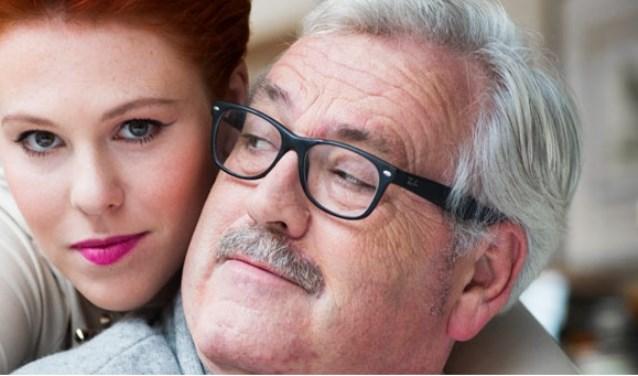 Vader en dochter Ernst Daniël en Coosje Smid komen optreden in Valkenswaard. Het belooft een warm en intiem concert te worden. Foto: Ester Gebuis.