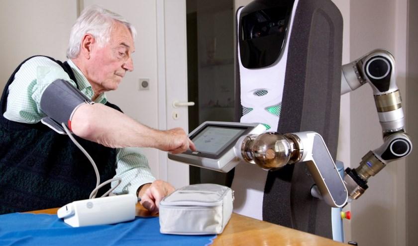 In opdracht is er een onderzoek uitgevoerd naar wonen, zorg en welzijn voor ouderen. (foto: persfoto)