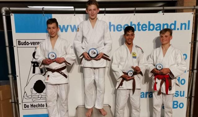 SJO-judoka Hugo Hesselink werd zaterdag op het internationale toernooi in Mierlo kampioen in zijn gewichtsklasse.