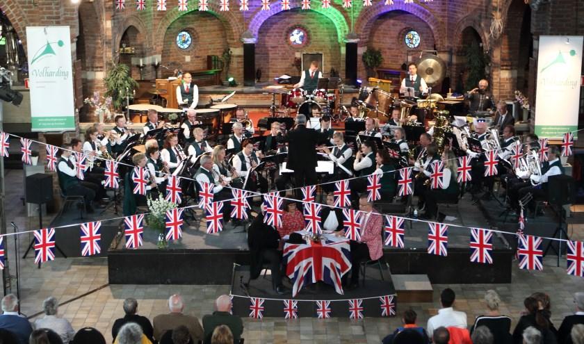 Opstelling a orkest en acteurs
