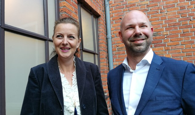 De twee nieuw beoogde wethouders in het college, Ivana van Someren en Sebastiaan Nieuwland (FotoPeter Spek).