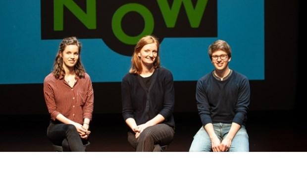 Esther Kuik V.l.n.r. Mirjam Mulder (tweede prijs), Julia de Dreu (eerste prijs) en Thomas van 't Groenewout (derde prijs). Foto: Jeroen Staats