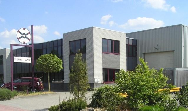 Alers Machinebouw en Onderhoud uit Wekerom neemt de Nieuwleusense bedrijven Heemhorst International B.V. en WEMO-techniek over.