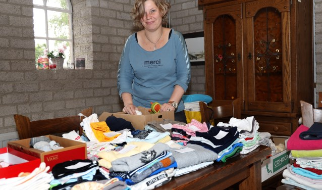 Suzanne Heezen zet zich in voor Because we carry (foto: Marco van den Broek)