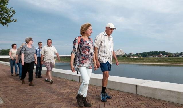 Groepswandeling deelnemers Herstelcirkel in de Wijk
