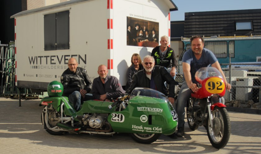 De organisatoren van de Classic Demo Nunspeet. (Foto: Motorclub Nunspeet)
