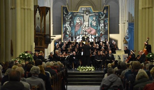 De Lukaspassion werd in 2019 gezongen voor een volle Lambertuskerk