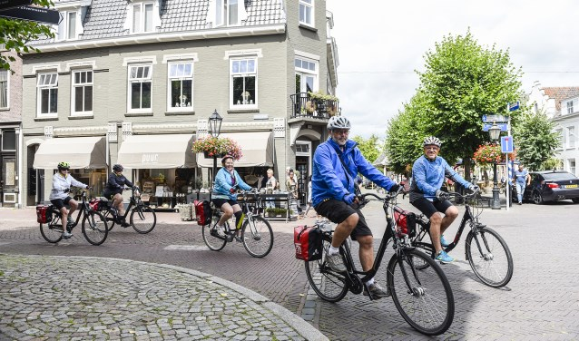 Mei is niet alleen de maand van de avondvierdaagse voor basisschoolkinderen, maar ook nationale fietsmaand.