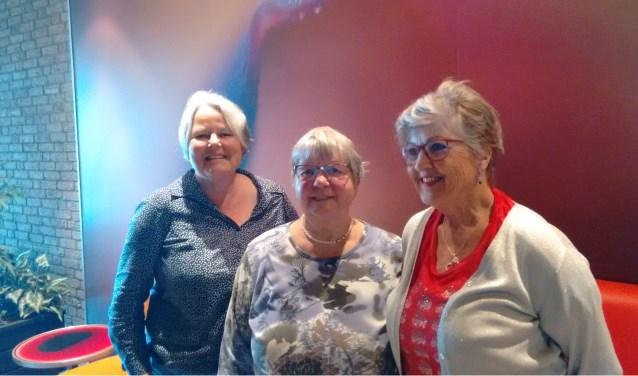Vlnr: Alice Kroezen, Jannie Prange en José Wentink.