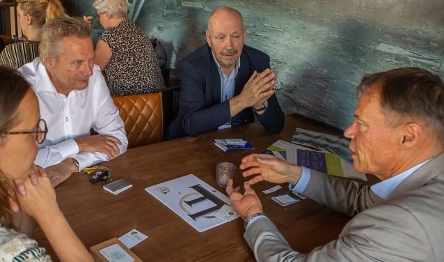 Het was weer prima netwerken tijdens Open Coffee Barendrecht (Foto: PR)