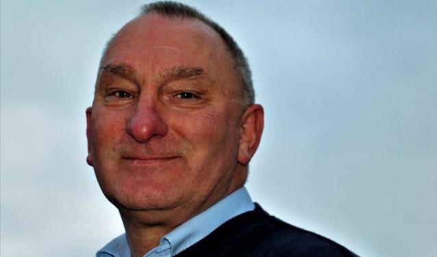 De nieuwe trainer van SV Buren, de in Opijnen wonende Hans van Gameren, heeft erg veel zin in de derby's van 2019-2020. (Foto: Regiovoetbal).