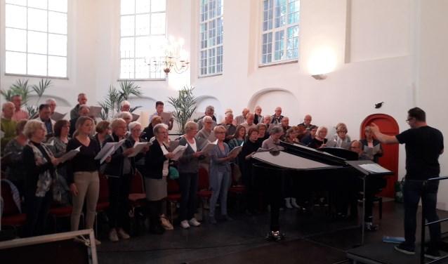 Oratoriumvereniging Cantate Corde uit Raamsdonk is zondag te gast in de Sint-Jan in Waalwijk.