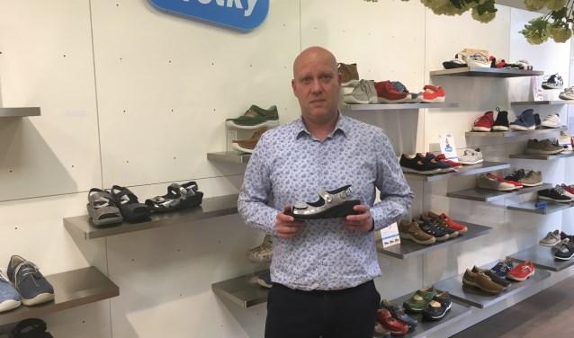 De Commercieel Directeur van de nieuwe Wolkyshop aan de Langestraat is Mark Zwart.