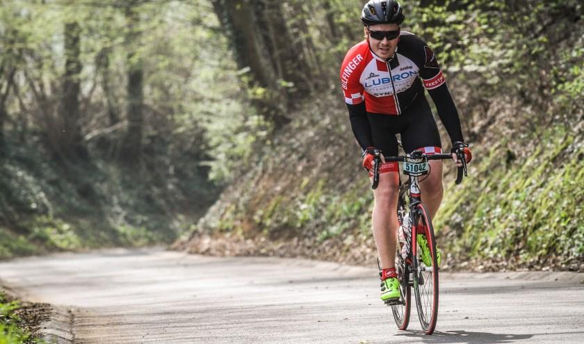 Bart van Delft in training voor zijn deelname aan Alpe d'Huzes.
