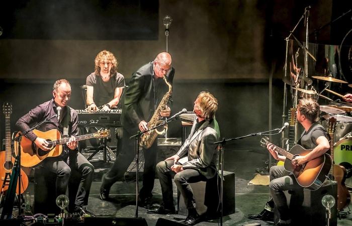 Hans Wijnbergen op de saxofoon. Pink Floyd Project © Persgroep