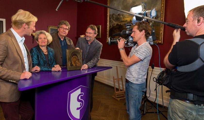 In De Steen in Heerewaarden worden zondag 2 juni opnames gemaakt voor het programma Schatgraven van Omroep Gelderland. Je kunt die dag gratis voorwerpen laten beoordelen.