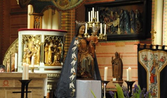 Mariahulde in de Maria van Jessekerk.