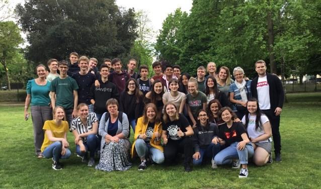 Leerlingen uit Spanje, Schotland, IJsland en Nederland samen op de foto