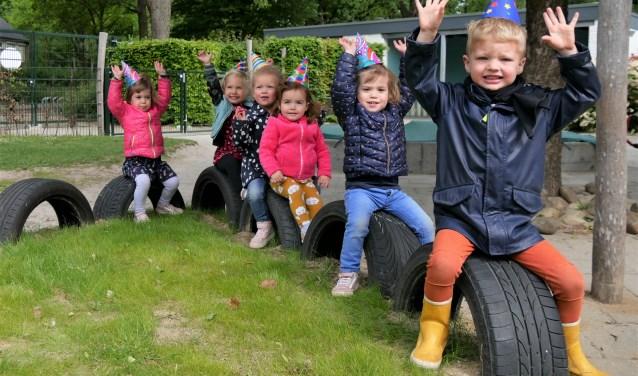Deze week vieren kinderen en medewerkers de 25e verjaardag van kinderdagverblijf de Kukel. (foto: Brenda Derks)