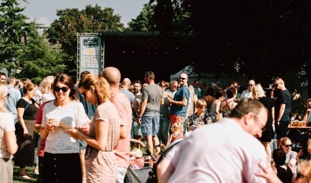 Het Schiedamse festival Proef! de Plantage op 25 en 26 mei is een gratis festival vol kleinkunst, lekker eten, muziek en bijzondere ontdekkingen.