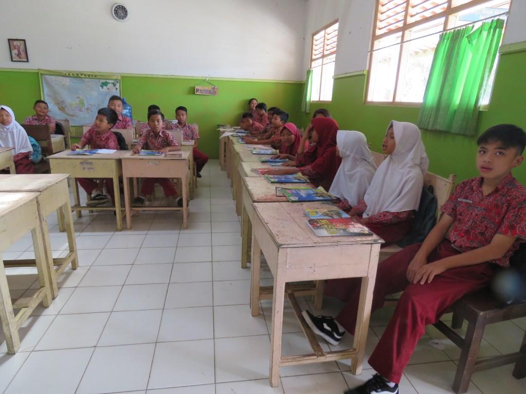 Leerlingen van scholen die door Stichting Tileng worden ondersteund.  © Persgroep