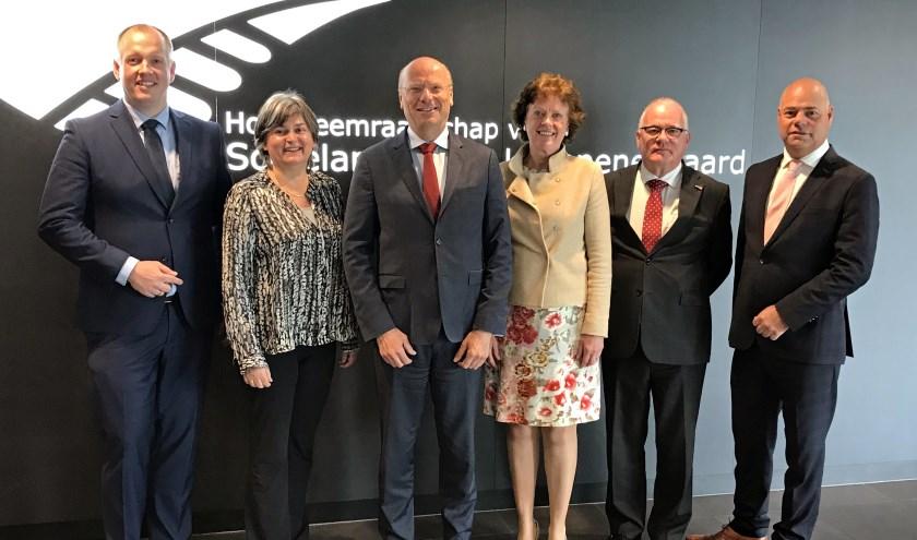 Agnes van Zoelen (Water Natuurlijk), Jos Verdoold (Bedrijven), Paul van den Eijnden (VVD), en Martin van der Spek (SGP-ChristenUnie) zijn de hoogheemraden voor de komende vier jaren.