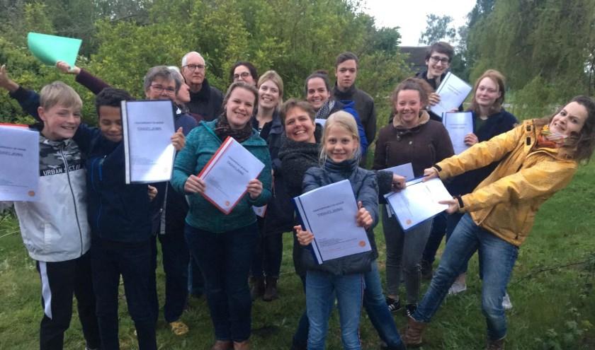 Spelers van Theaterproject De Hoven reageren enthousiast op het script voor de voorstelling Tiggeljong