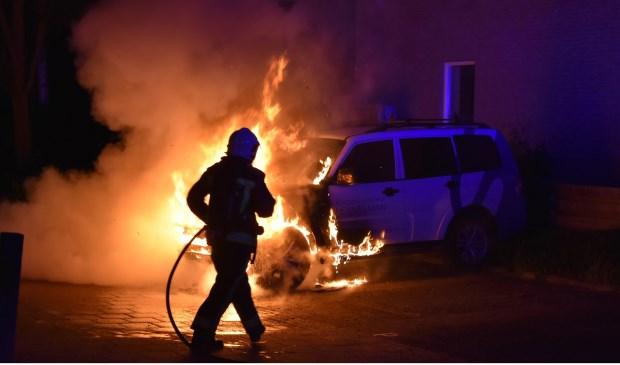 Gouda gaat gebukt onder autobranden. De  teller staat inmiddels op 23 voertuigen die in vlammen opgingen.