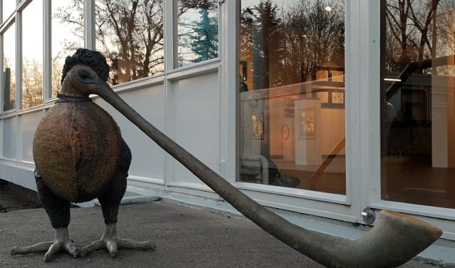 Alphorn vogel van Jeannette Ephraim, foto van de expositie Winter op de Zaag.