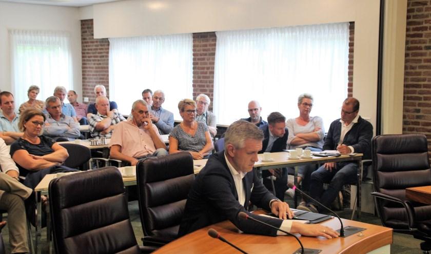 Inspraak van Harry Frens namens omwonenden van de te bouwen supermarkt in Molenbeek.
