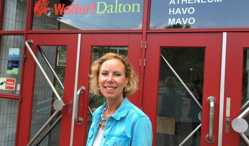 Directeur van het Wolfert Dalton, Danielle Wuisman, vindt de plannen voor een nieuw, modern en duurzaam gebouw in het groen een groot cadeau.