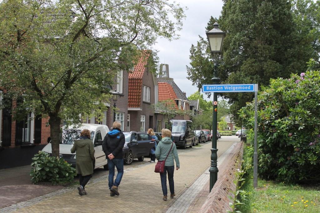 Bastion Welgemoed, het pad richting de molen: 'Prins van Oranje' Bredevoort.  Foto: Leo van der Linde © Persgroep