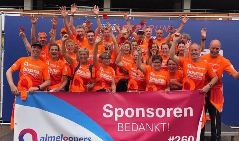 Het zijn de vele donateurs en sponsoren die er voor gezorgd hebben dat de Almeloopers € 62.260,62 vergaard hebben voor de Roparun.