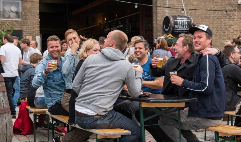 Bier en braadfestival voor stoere mannen. (Foto: LvdPut)