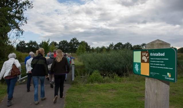 De natuurgids van Landschap Overijssel neemt je mee naar de vele mooie plekjes in het waterpark.
