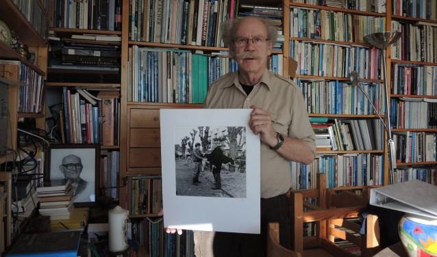 Jean van Roon toont eigen werk.