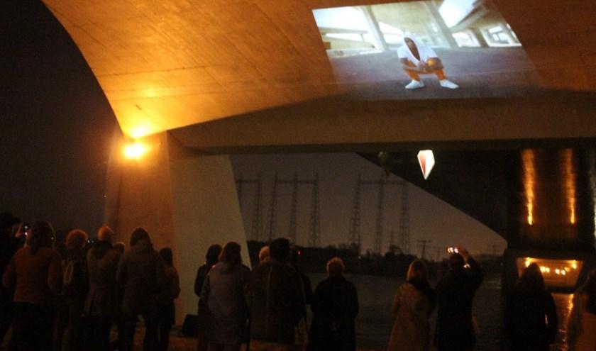 Tijdens Off the Walls zijn korte films te zien op onverwachte plekken.