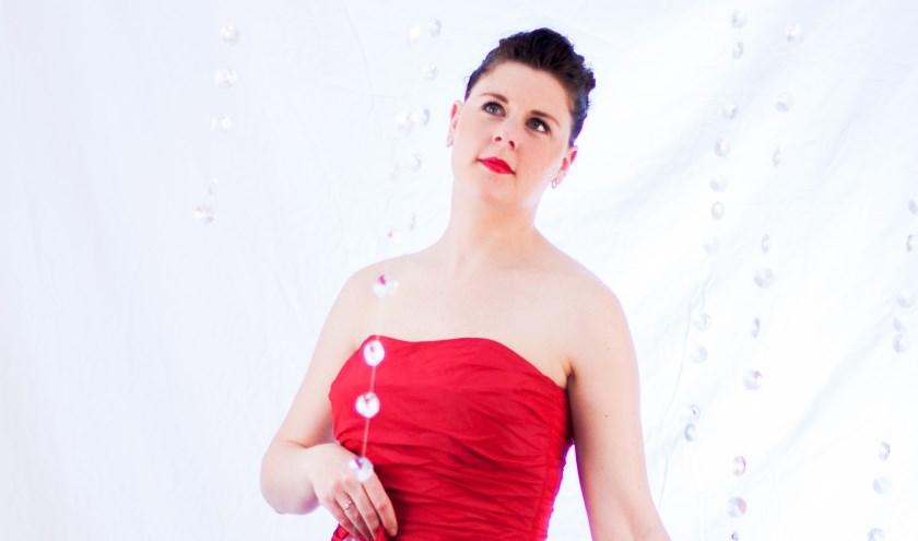 De solist Anneke Luyten, sopraan, heeft een prachtige dramatische stem en een geweldige voordracht. FOTO: David Verbruggen