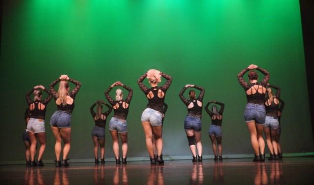 Dansgroep Gravity in actie.