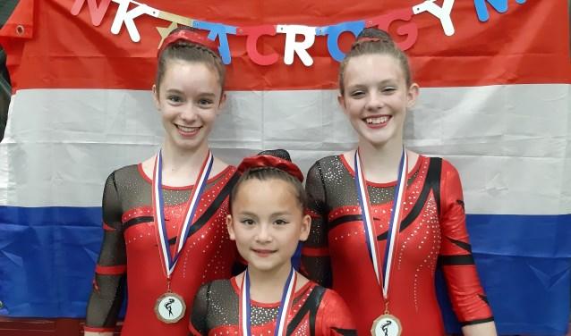 Marije, Caithlyn en Mika op het NK