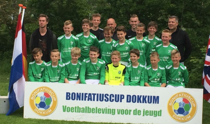 Het team SVF J013-1 op de Bonifatiuscup. Ze haalden de finale net niet. Foto: Kees Slijkerman