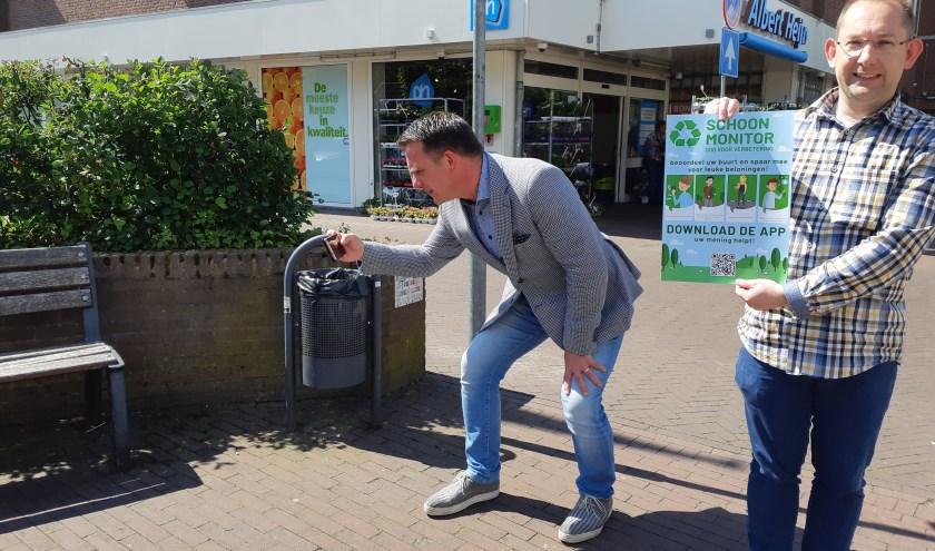 Wethouder Frank de Win geeft in Heeze-Leende het startsein voor de Schoonmonitor.