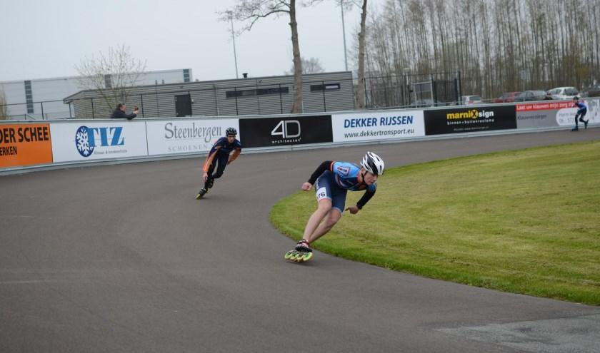 Bij de landelijke baancompetitie staan zowel voor de jeugd als senioren twee afstanden op het programma. Foto: René van den Dijk