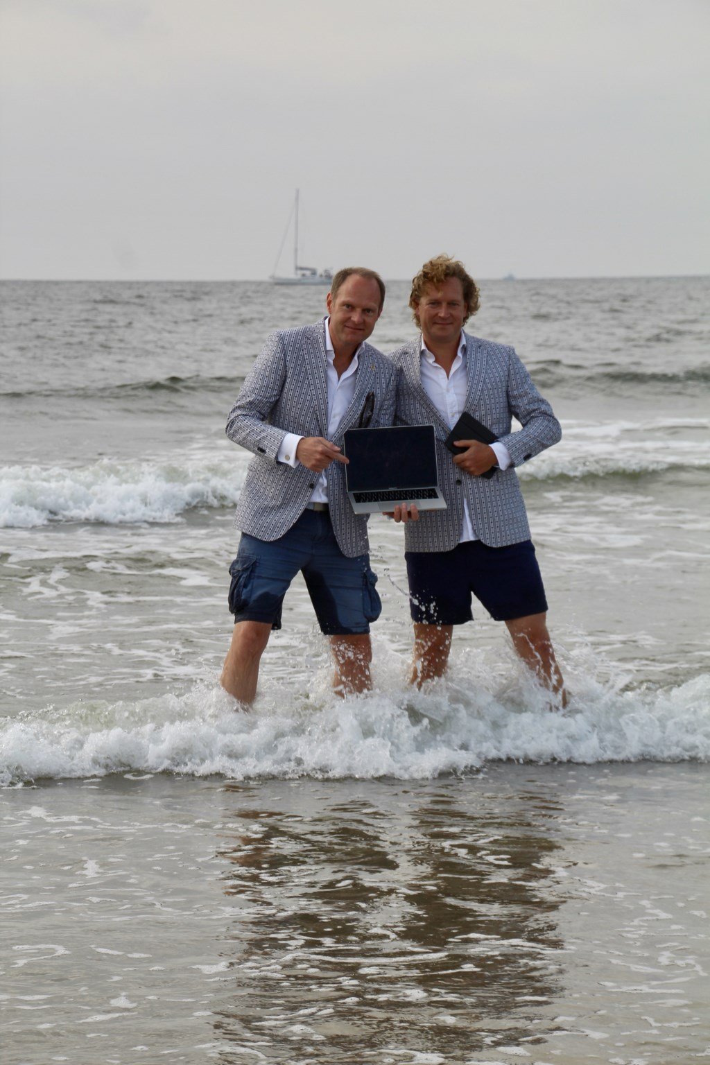 Jim Goedhart & Frederik Sinke vieren een verjaardag met Zeeuwsevacaturebank.nl